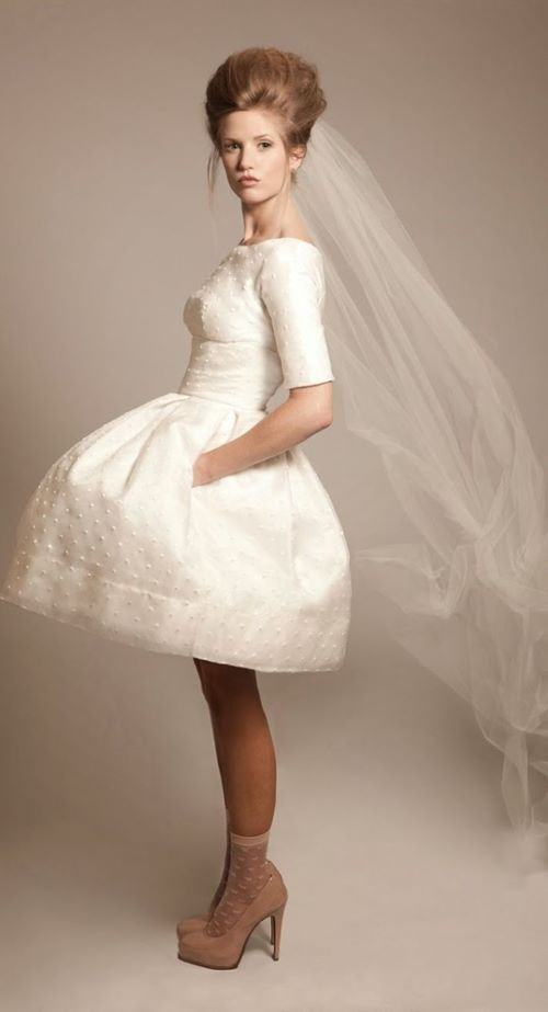 """The Vintage Wedding… Is It Out Of Style, Or Forever Timeless?""""   The ..."""